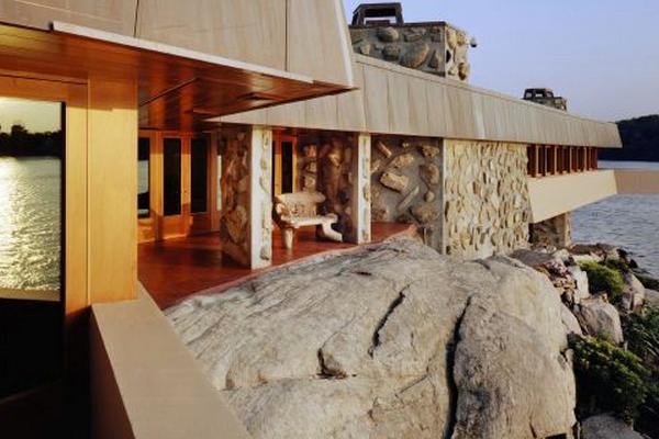 Joseph Massaro vende isla y casa por 20 millones de dólares - Arquitectura de Lloyd Wright en Petra Island -  Foto: EFE